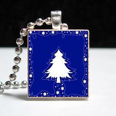 tree accessories