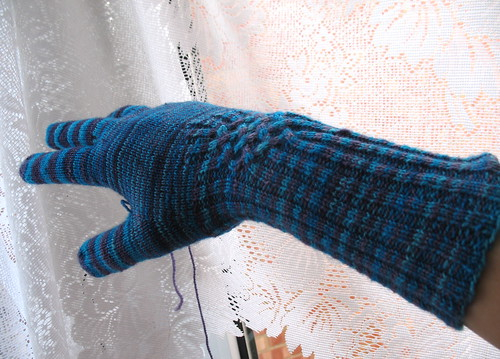 knotty glove