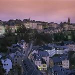 Luxembourg: panorama sur ville-forteresse et vieille ville, classée UNESCO