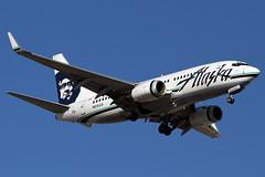 Alaska Airlines Boeing 737-790 - N615AS (zonaphoto) Tags: arizona phoenix alaska plane airplane airport aviation boeing 737 phx skyharbor kphx 737790 n615as
