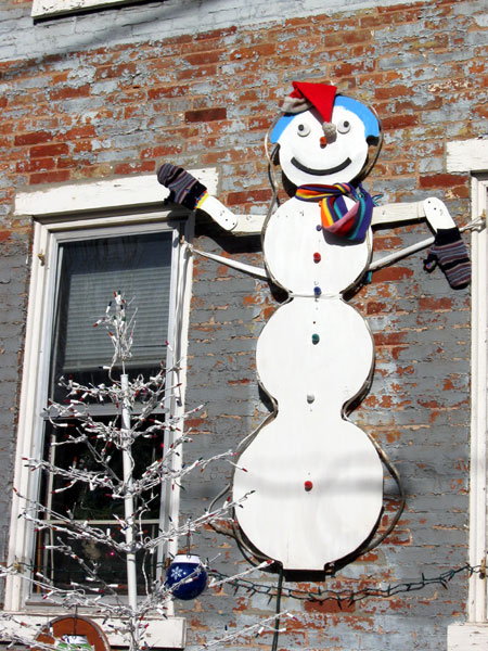 Homemade Snowman (Click to enlarge)