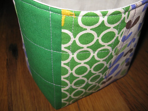 basket green violet side