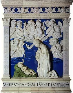Andrea della Robbia, Adorazione del Bambino e angeli, con l'Eterno tra cherubini, 1479. La Verna, Chiesa Maggiore, Cappella Brizi