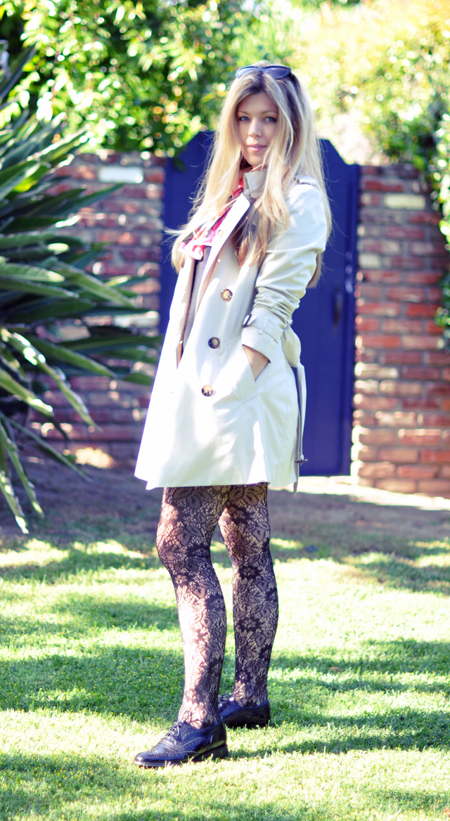 burberry trench coat  + lace tights with oxfords lace ups