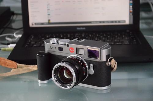 Nikon D5100 18-55mm f/3.5-5.6 leica M9 zeiss 50mm T* Planar f/2