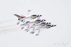 Airport Photography (J. David Buerk) Tags: show usa house heritage plane canon airplane eos airport open aircraft air unitedstatesofamerica flight formation f16 service mustang thunderbirds airforce f18 joint airbase p51 f15 fa18 jsoh andrewsairforcebase jointserviceopenhouse 5dmarkii ef70200mmf28lisiiusm