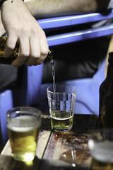 Bar da Tia Hélia. Despedida do professor JJ. (Davirowisky) Tags: davirowisky bar boteco ituiutaba minasgerais mg brasil brazil canon canont3 50mm yongnuo youngnuo ufu noite luz luznatural cerveja cerva breja beer cigarro bebida festa