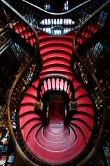 (ubiquity_zh) Tags: portugal stairs porto bookshop lello livraria