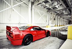 F40. (Denniske) Tags: red canon rouge eos shoot angle wide sigma august ferrari 09 shooting mm dennis 13 1020 rood 13th rosso 2009 v8 08 fotoshoot noten f456 rt 400d denniske wwwdennisnotencom ferrarif40photoshootdennisnotencom2009