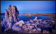 Darkness Falling (Tony Immoos) Tags: california statepark blue lake reflection water wow landscape mono amazing twilight desert postcard awesome scenic landmark olympus explore historical e3 monolake hwy395 tufa saltwater desertlandscape californiadesert californialandscape zd monocounty nd8 ndgrad olympuse3 918mm