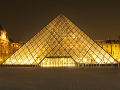 Louvre at Night (Storm Crypt) Tags: paris france building tourism wall museum painting french italian europa europe paint treasure louvre monalisa davinci paintings royal indoor palace ceiling musee palais leonardo museums francais museedelouvre parisfrance davincicode leonardodavinci louvremuseum veronese denonwing themonalisa garbongbisaya museumsaroundtheworld