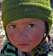 The eyes have one language everywhere... (Himalayan Trails) Tags: travel india portraits trekking children hp eyes language soe himalayas himalayantrails palachak chauhar