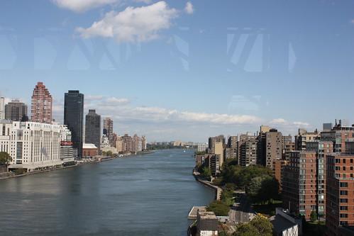View Roosevelt Island Tram Manhattan