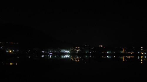 黑暗中的富士山