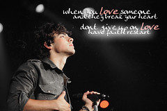 Hold on :) (Sarah | ) Tags: adam love joseph concert brothers faith joe jonas hold lvatt