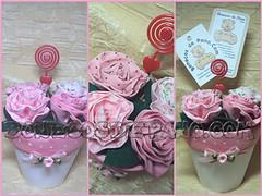 .:. Vasinho Porta Foto / Recado .:. (Bonecos de Pano .Com) Tags: flower rose lembrancinha portarecado portafoto floresdetecido rosadetecido vasinhocomflores
