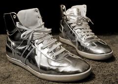 Alex's shoes (IRPC) Tags: portrait alex nikon shoes tennis chrome labs 2009 d300 chromed sb800 diorhomme pfl irpc postfuturism postfuturismlabs lopitec lopitek
