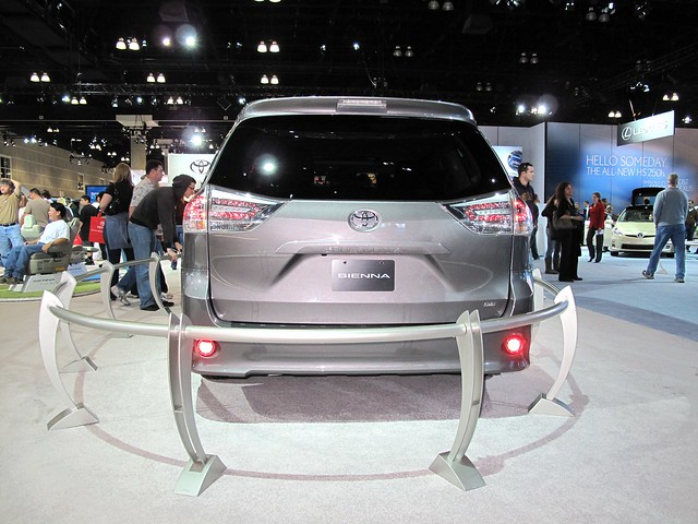 cars conventioncenter concepts downtownlosangeles debuts 2009laautoshow 2011toyotasienna