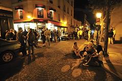 1am at Butte aux Cailles, Paris (jmvnoos in Paris) Tags: paris france bar night nikon bars candid lounge streetphotography streetscene tavern fr nuit butteauxcailles streetscenes taverns taverne candidshot d300 tavernes lounges scènederue scènesderue jmvnoos latavernedelabutte