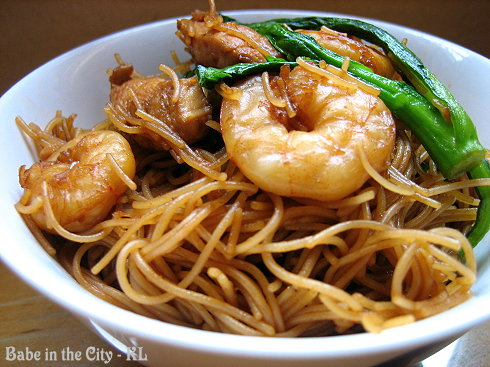 Stir-fried Bee Hoon (chow mai fun)