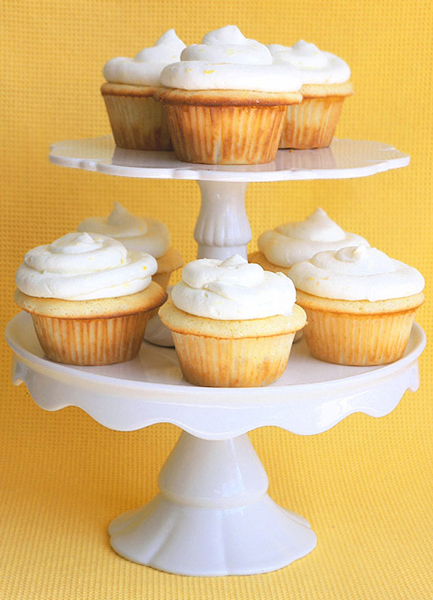 lemon-cloud-cupcakes