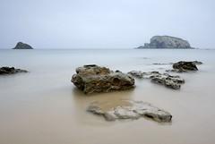 Pasteles (Javi Diez Porras) Tags: playas cantabria tonospastel laarnía