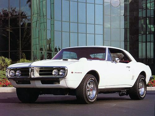フリー画像| 自動車| ポンティアック ファイヤーバード| 1967 Pontiac Firebird 400 Sport Coupe| アメ車|       フリー素材|
