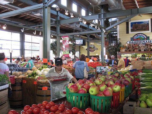 The fruit and vegetable shop at Marché Maisonneuve