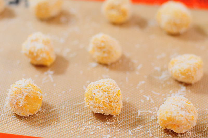 gougeres rolled