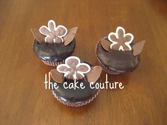 4. Flower Cupcakes (The Cake Couture (is currently not taking any orde) Tags: party flower chocolate cupcake  chocolatecake doha qatar glazed                                thecakecouture