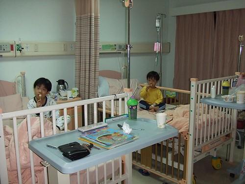 佑、彥腸病毒住院001