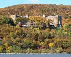 U.S. Military Academy, Hudson River, West Point NY (jag9889) Tags: usa ny newyork fall army us kayak state military foliage kayaking hudsonriver orangecounty academy paddling 2009 westpoint nys usma fortputnam usmilitaryacademy y2009 jag9889