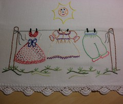 Varal de roupas. (soniapatch) Tags: sun embroidery clothesline varal panodeprato