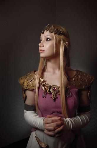 フリー画像| 人物写真| コスプレ| ゼルダの伝説 トワイライトプリンセス| ゼルダ姫|       フリー素材|