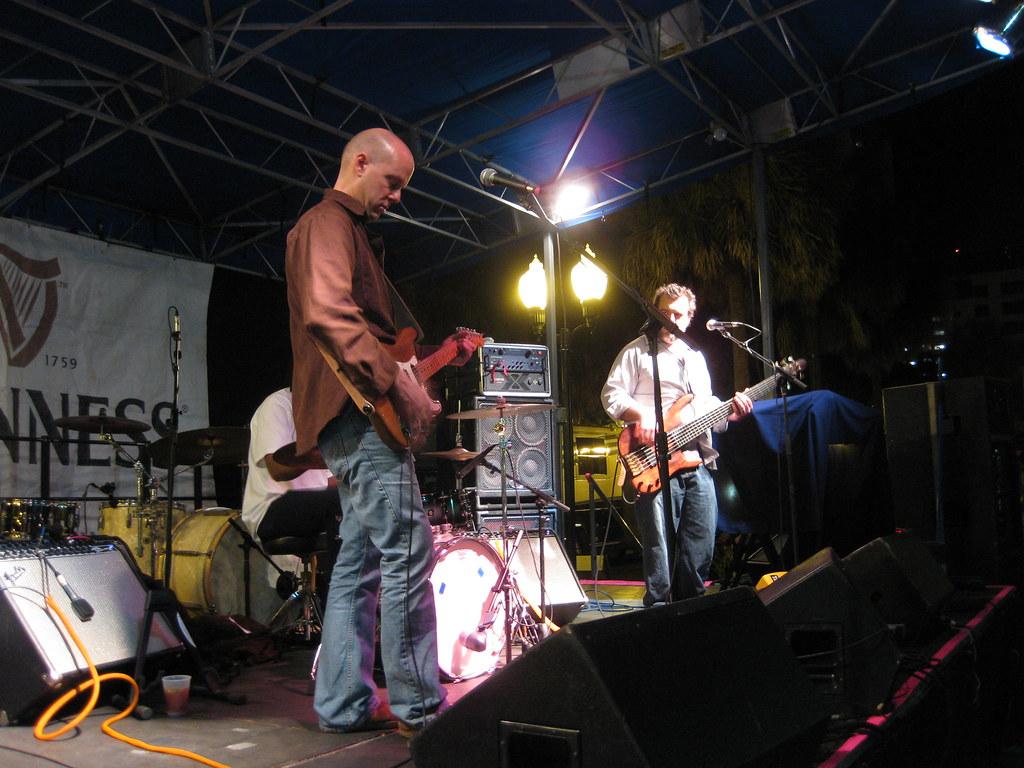 Daryl Hance at Lizzys Orlando 11.14.09