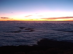 Above the Clouds (Join Sparkle) Tags: travel sea mountains water sunrise islands landscapes scenery sunsets goldensunsets sunsetsparkle colourfulsunsets
