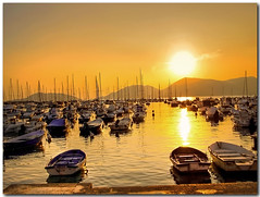 Il porticciolo di Lerici all'imbrunire (in eva vae) Tags: sunset sea italy sun seascape nature water boats dock warm eva italia liguria barche hdr lerici porticciolo imbrunire tonemapping photomatrix platinumheartaward goldenart saariysqualitypictures sublimemasterpiece sailsevenseas inevavae kernotart