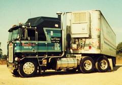 Early HHH 1981 LF Corner in Issaquah Washington002 (Highway Hank) Tags: truck trucks trucking kenworth cabover aerodyne kenworthk100 kenworthcabover kenworthaerodyne kenworthk100caerodyne caboveraerodyne
