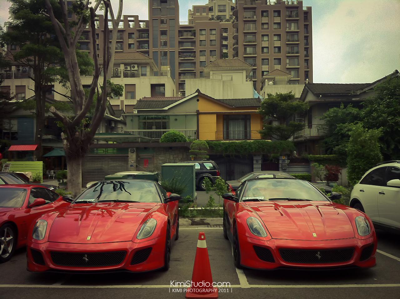 Ferrari 2011.06.10-018