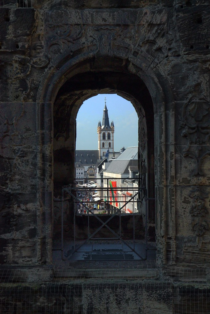 Porta Nigra (чёрные ворота)
