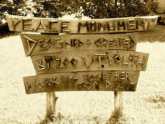 peace.monument • sign (origamidon) Tags: usa monument grass sign sepia youth vermont peace library lawn 200 signage kellogg 2009 vt montpelier historicdistrict hubbard workingtogether washingtoncounty kellogghubbardlibrary forpeace origamidon donshall montpeliervermontusa worldwidephotowalk peace•monument 200vtyouth workingtogetherforpeace
