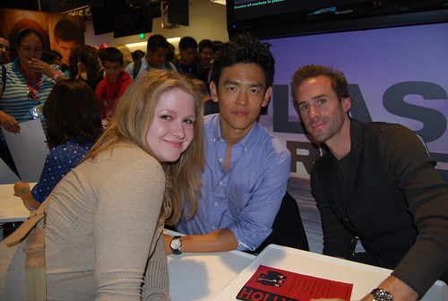 sdcc 2009 / flash forward signing