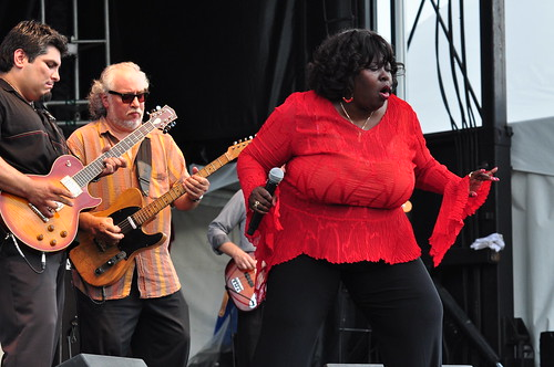 Diunna Greenleaf with Bob Margolin at Ottawa Bluesfest 2009