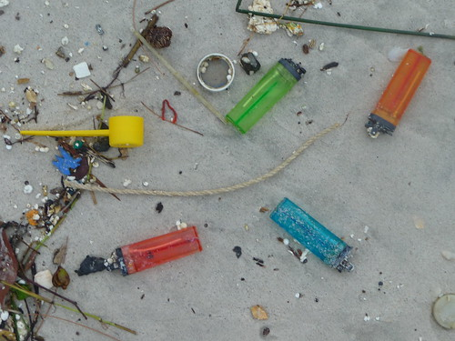Beachfind plastic lighters