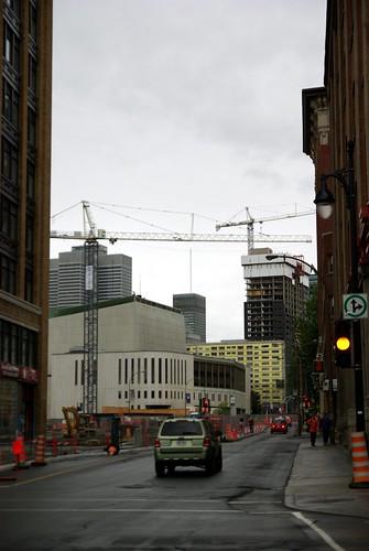 Construction cranes in Montréal