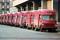 GPO Mail Vans (Gillfoto) Tags: scotland mail glasgow vans gpo redandblack finnieston redvehicles mailvans