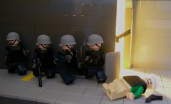 GSG9 (ORRANGE.) Tags: lego special german hazel polizei ops gsg9 mp7