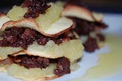 008 Milhojas de manzana y butifarra negra