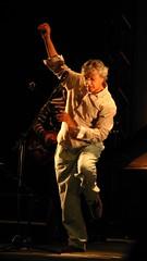 caetano xvii (lauromaia) Tags: show music concert musica pelotas caetano caetanoveloso veloso guarany ziiezie
