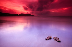 Vacation (| HD |) Tags: trip travel sunset vacation seascape colors canon mark ii 5d hd darwish hamad loveyou cokin fbdg